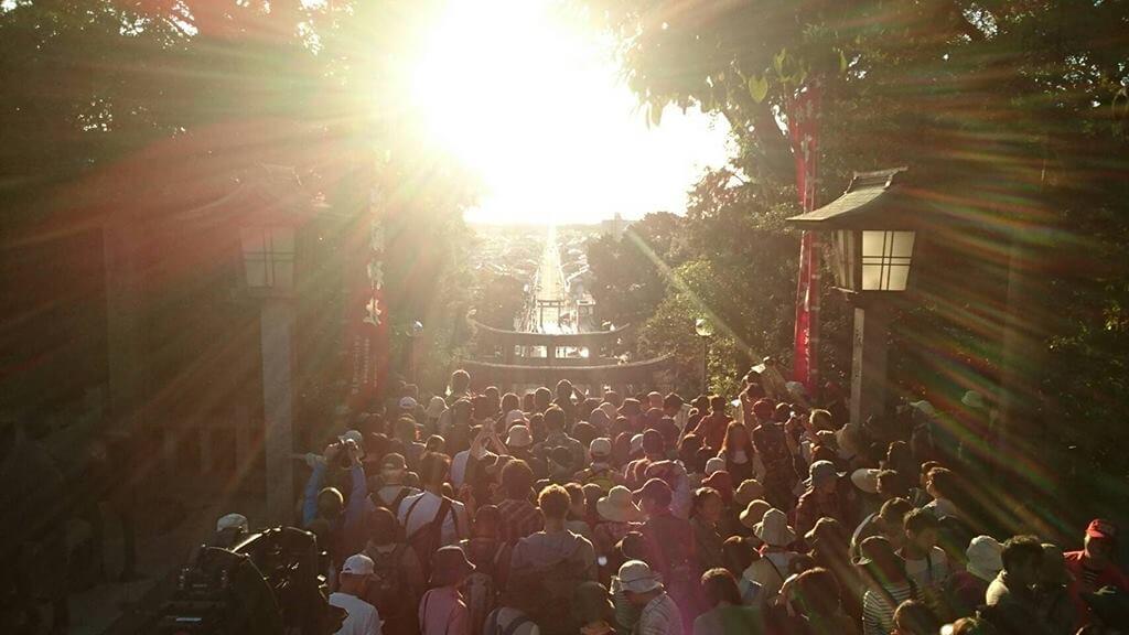宮地嶽神社の光に道