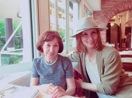 佐野ヒカルと母