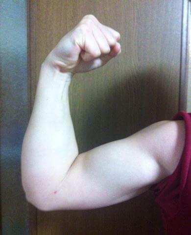 竹中絢音の筋肉画像