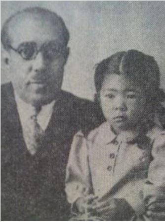 ブサイナ王女と父親タイムール元国王