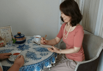 ヒーリング&タロット占いRefle plum(ルフレプラム)梅永知伽(うめながともか)先生